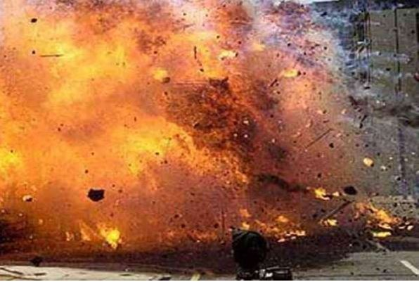 A bomb blast in the Khyber Pakhtunkhwa city of Bannu has killed several people.