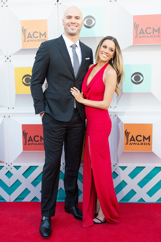 Jana Kramer Accuses Husband Mike Caussin Of INFIDELITY!!! Posts Lengthy Note On Instagram!!!