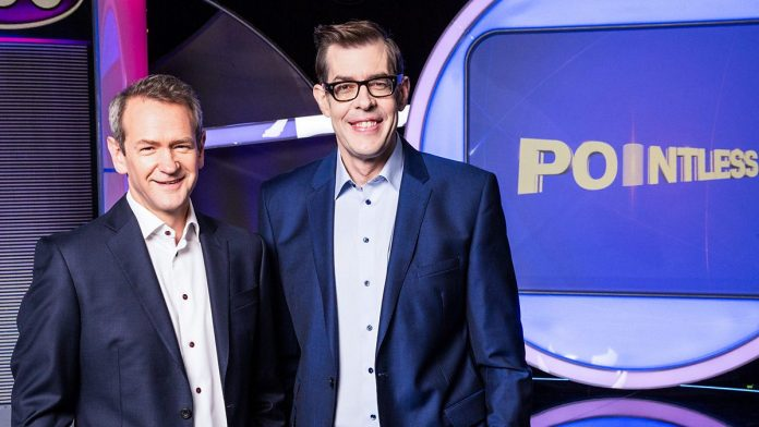 Where does Pointless get its 100 poll answers from?