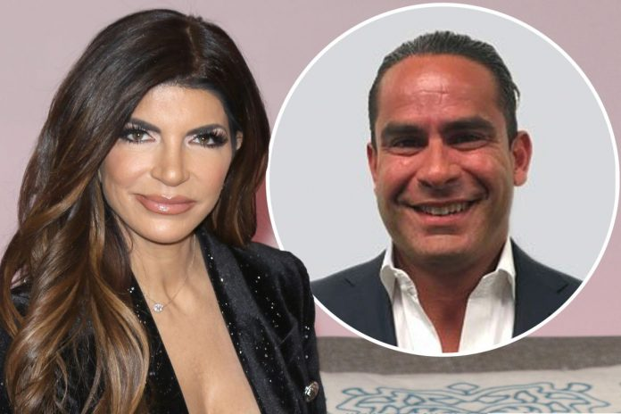 Teresa Giudice's Close Pals Really 'Worried' Her Relationship With Luis Ruelas Is Advancing Way Too Fast!