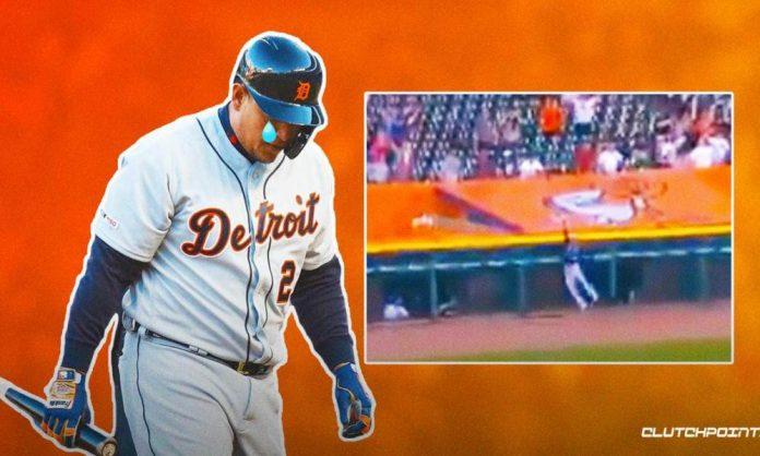 MLB, Tigers, Mariners, Jake Fraley, Home run robbery
